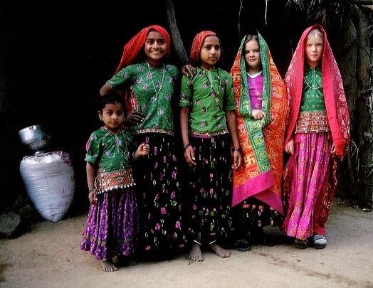 m-og-a-i-indiske-klaer-2