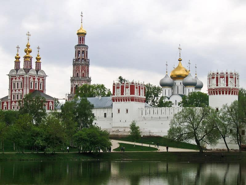 799px-Russie_-_Moscou_-_Novodevichy_4