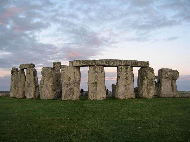 Stonehenge, morning mist