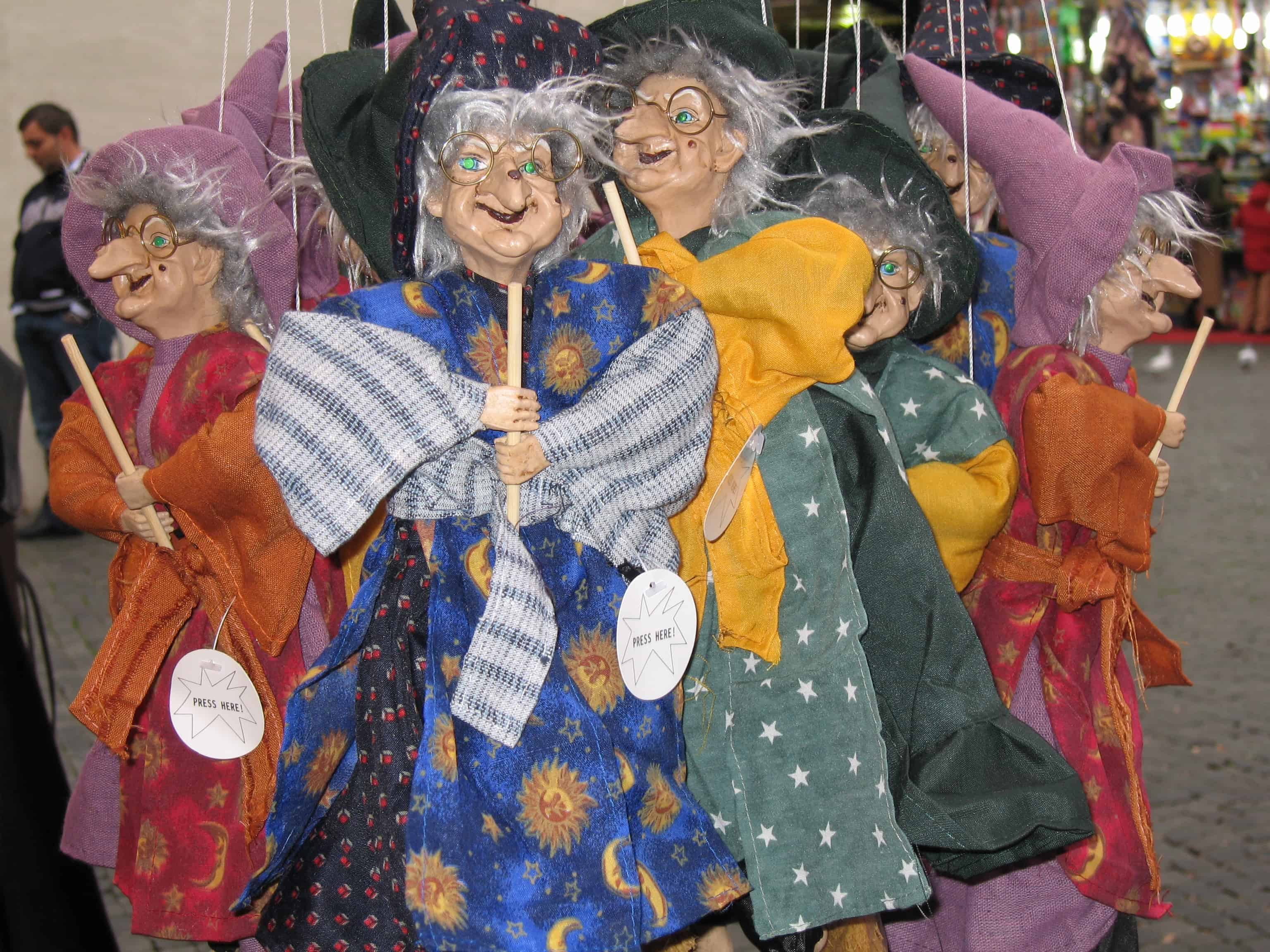 Christmas witches in Italy | Sophie\'s World Travel Inspiration