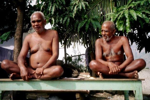 nakne-munker