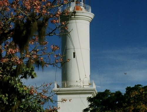 The lighthouse at Colonia