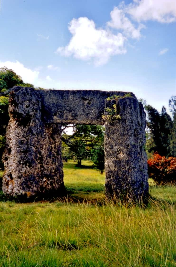 "Ha'amonga 'a Maui trilithon, Tongatapu, Tonga, ""Tonga's Stonehenge"""