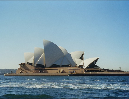 Sydney Opera House: an urban sculpture in a remarkable waterscape