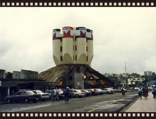 Silent Retro Sunday: Gritty street scene, Curepipe Mauritius, 1995