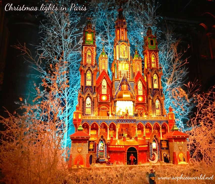 Paris Christmas lights | Sophie's World Travel Inspiration