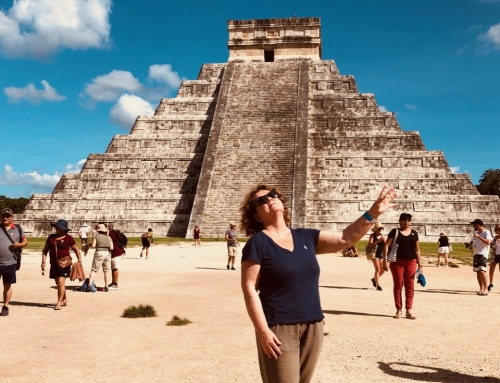 Chichen Itza: the mouth of the water sorcerer's well